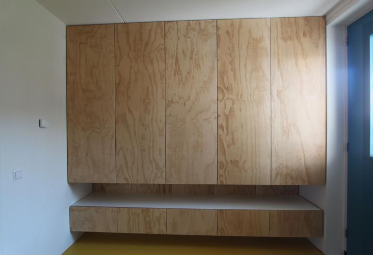 Kledingkast Underlayment,kledingkast op maat,Amsterdam,garderobelift,lades,pusch-open deuren,Finsvuren kast,meubels op maat,meubelmaker amsterdam