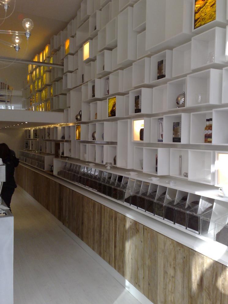 Winkelinrichting Tea Bar Amsterdam Wandmeubel